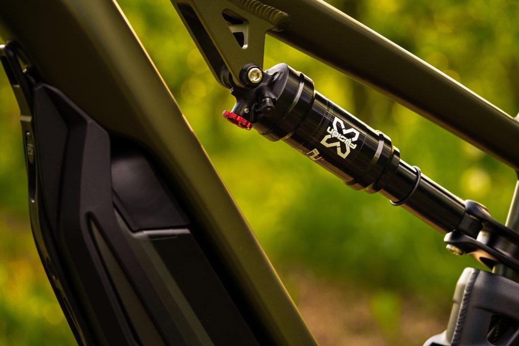 L'ammortizzatore X-FUSION O2 Pro R (custom tuned for Thok)