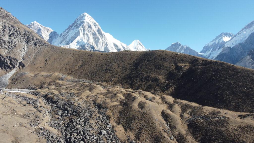 UYN e Omar Di Felice sull'Everest